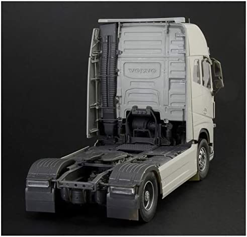 ITALERI 3940S - 1:24 Volvo FH4 Globetrotter XL , Modellbau, Bausatz, Standmodellbau, Basteln, Hobby, Kleben, Plastikbausatz, detailgetreu