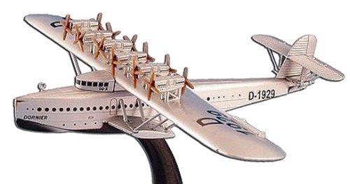 1 Aircraft Engine - 1929 Dornier DoX 6-Engine Lufthansa Seaplane (Germany) Aircraft Built-Up Die Cast 1-350 Model Power