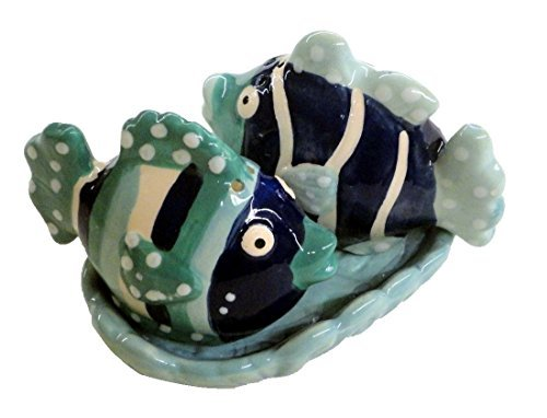(Beachcombers SS-BCS-03690 Ceramic Fish Salt and Pepper Shaker with Tray Set Tropical Ocean)