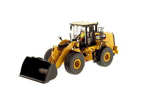 1:50 Scale Cat 950M Wheel Loader Die-cast Model 85914 ()