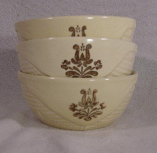 (Pfaltzgraff Village Pattern Basket Shaped Bowls, Small 4.5