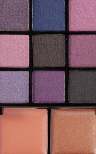 NYX Professional Makeup Purple Smokey Look Kit, 9 Eyeshadows