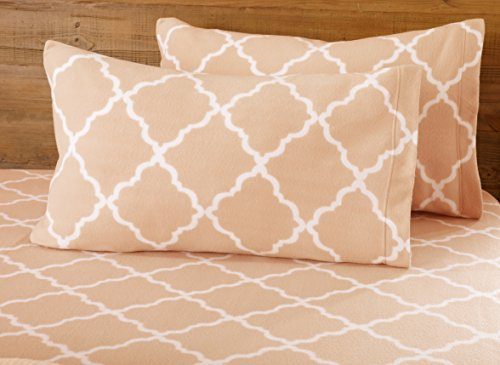 Great Bay Home Super Soft Extra Plush Fleece Sheet Set. Cozy, Warm, Durable, Smooth, Breathable Winter Sheets with Cloud Lattice Pattern. Dara Collection Brand. (Queen, Blush Pink)