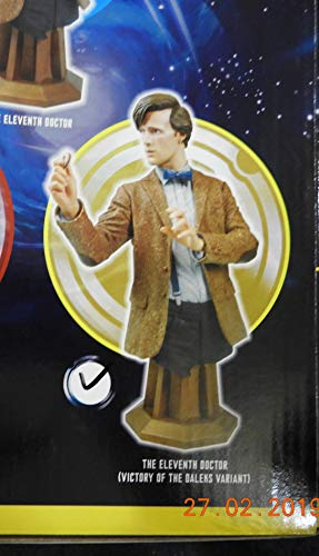 (Titan Merchandise Maxi Bust - 11th Doctor Who - Biscut Hand Mat Smith - New)