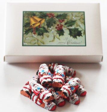 Scott's Cakes Foil Wrapped Solid Milk Chocolate Peanut Butter Filled Santas in a 1 Pound Mistletoe (Butter 1 Lb Santa)