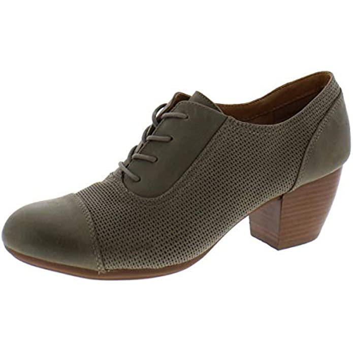Comfortiva Womens Angelique Leather Stacked Pumps