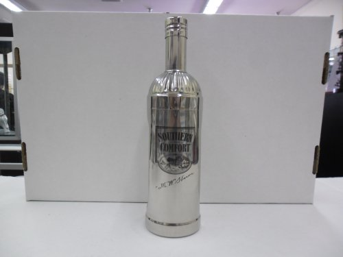 Vintage Southern Comfort Liqueur Bottle Shape 3 Piece Stainless Steel Cocktail Shaker