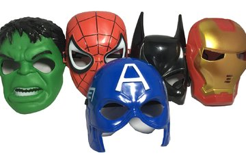Seasons Merchandise Set Of 5 Masks: Spider-Man, Batman, Hulk, Iron man, Captain -