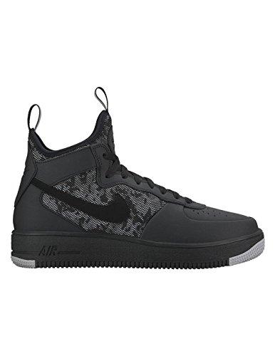 Nike Scarpe chiuse Uomo Nero