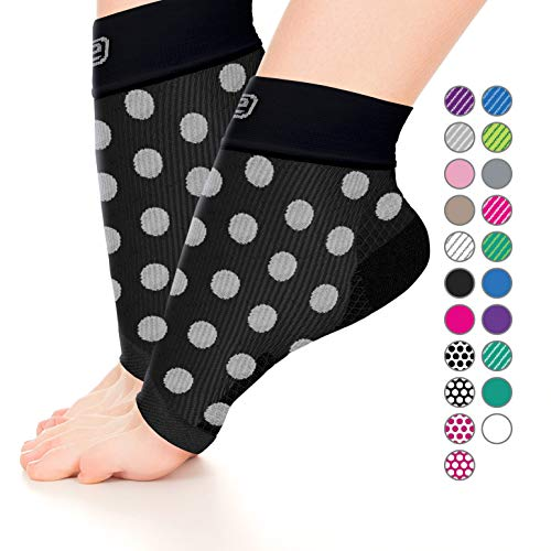 Plantar Fasciitis Sock,Compression Socks for Men Women-Best Ankle Sleeve for Arch Support,Injury Recovery and Prevention - Relief from Joint and Foot Pain,Swelling,Achy Feet (Blk w/White polka dots,L)