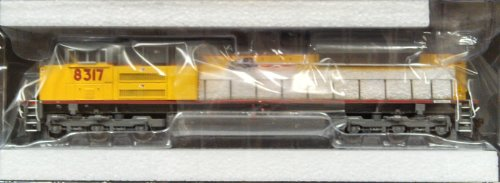 HO SD70ACe w/DCC & Sound, UP/Red Sill Stripe #8317 -  Athearn