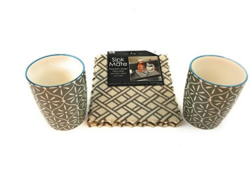 Beckon Bargains 2 SAGE &Cream Colored Mugs Porcelain Stoneware- 2 COMPLIMENTARY Mocha Brown and Beige Checked Sink Mates Absorbent Counter Cloth Gifts for All Occasions,Bundle