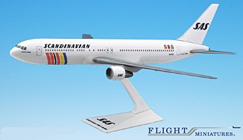 sas-scandinavian-767-300-airplane-miniature-model-plastic-snap-fit-1200-part-abo-76730h-021