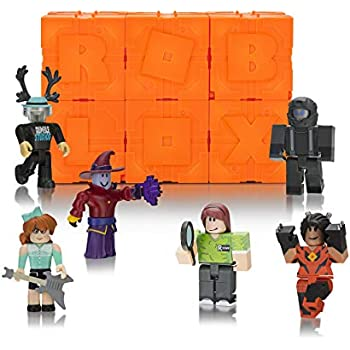 Amazon com: Roblox Champions of Roblox Six Figure Pack: Toys