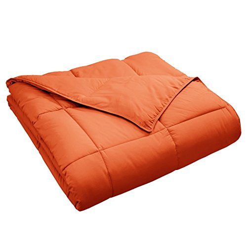 Superior Classic All-Season Down Alternative Comforter with Baffle Box Construction, Warm Hypoallergenic Filling - Twin Comforter, Dusty Orange (Twin Quilt Orange)