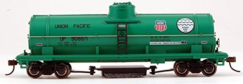 Bachmann Industries Union Pacific Potable Water Track Cleaning Tank Car (HO Scale Train) ()