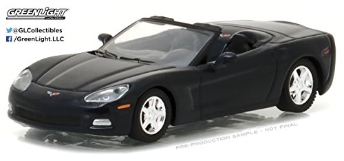 - Greenlight 1:64 General Motors Collection Series 2013 Chevy Corvette Convertible