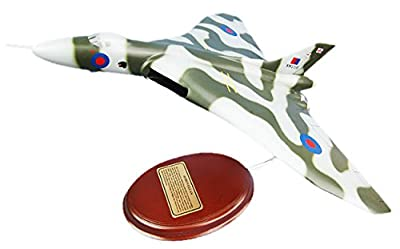 Mastercraft Collection Avro Vulcan Jet Plane Airplane Bomber Royal Air Force RAF Model Scale:1/99