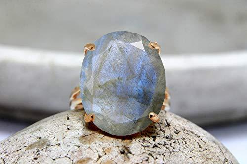 (Labradorite ring,prong ring,cocktail ring,rose gold ring,gemstone ring,oval ring,double band ring,semiprecious ring)