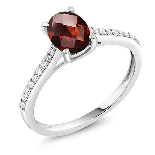 Vintage Diamond Solitaire (10K White Gold Pave Diamond Engagement Solitaire Ring set with 8x6mm Oval Checkerboard Garnet 1.50 ct)