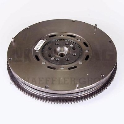 LuK DMF025 Dual Mass Flywheel