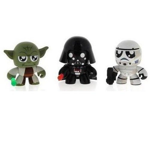 Mighty Muggs Darth Vader (Star Wars 2010 Exclusive Mini Mighty Muggs Vinyl Figure 3Pack #2 Yoda, Darth Vader Stormtrooper)