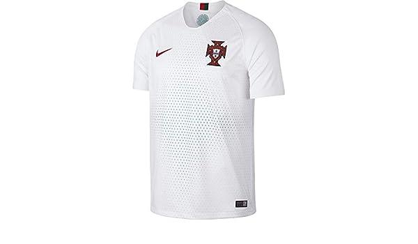 c86ada7ec Amazon.com: Nike Portugal Away Jersey 2018: Clothing