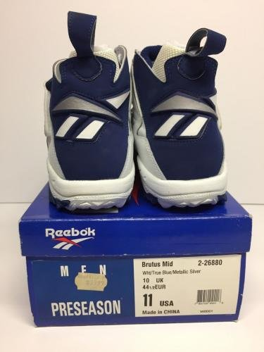 0cfd3dbae759 Emmitt Smith Signed Reebok Football Preseason Turf Shoes  Cowboys  HOF - JSA  Certified - Autographed NFL Cleats  Amazon.ca  Sports   Outdoors