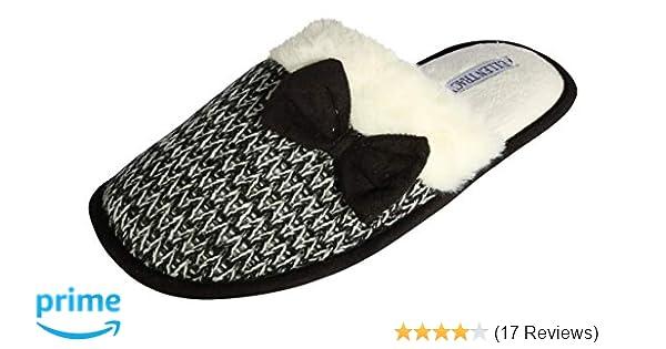 1075bf4c9f94b8 Amazon.com   ELLEN TRACY Women's Memory Foam Fur Lined Slip On Slippers  w/Anti-Skid Sole   Slippers