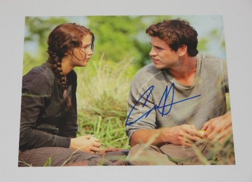 The Hunger Games Liam Hemsworth Signed Autographed 8x10 Glossy Photo Loa
