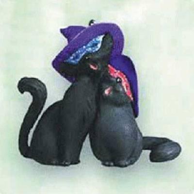 Midnight Serenade 2003 Halloween Hallmark Ornament QFO6047