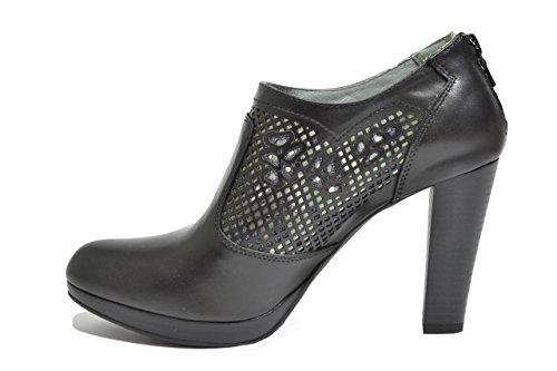 Nero Giardini Ufficio Stampa : Nero giardini polacchini scarpe donna nero p d