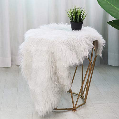 LEEVAN Faux Fur Bling Bling Sheepskin Rug Shaggy Twinkle Chair Cover Super Soft Seat Cushion Pad Throw Accent Decor Pelt for Contemporary Home Party or Wedding Decor