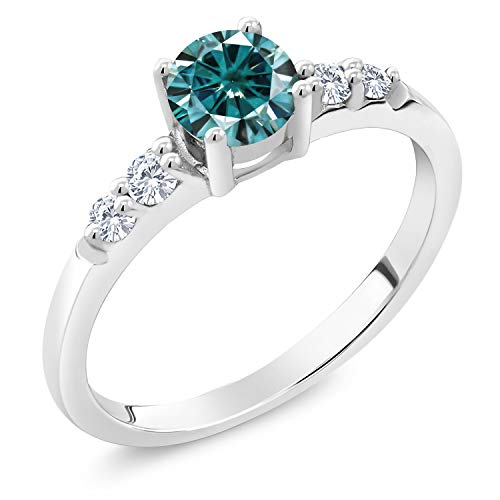 Gem Stone King 925 Sterling Silver Solitaire w- Accent Stones Ring Round Blue Created Moissanite and Lab Grown Diamond G - H 0.50ct (DEW) (Size 8)