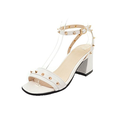 VogueZone009 Women Buckle Open-Toe Kitten-Heels Pu Solid Sandals, CCALP014817 White