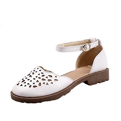 AalarDom Mujer Puntera Cerrada Mini Tacón Pu Sólido Hebilla Sandalias de vestir Blanco(kong)