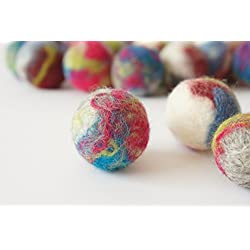 Wool ball. Cat toy. 10 pieces.. Ecological and natural sheep wool. Handmade. Felted