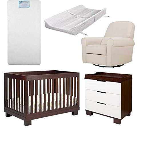 5 Piece Nursery Furniture Set in Wood and Natural