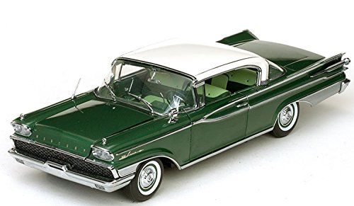 1959 Mercury Park Lane Hard Top - Marble White/Sherwood Green Diecast Model Car in 1:18 Scale by Sun Star
