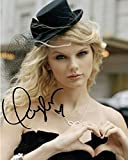 Swift, Taylor Autographed/Hand Signed 8x10 Photo
