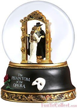 (Phantom and Christine Mirror Scene Water Globe by The San Francisco Music Box Company)