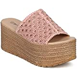 Crocs Women's LiteRide Sandal Flat,...