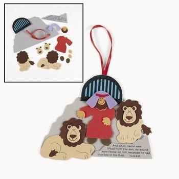 Daniel & the Lion's Den Bible Craft]()
