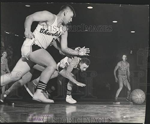 Historic Images - 1954 Vintage Press Photo HS basketball players in action during Frontier League game