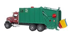 Bruder 2812 Mack - Camión cisterna con 2 contenedores, color rojo y negro
