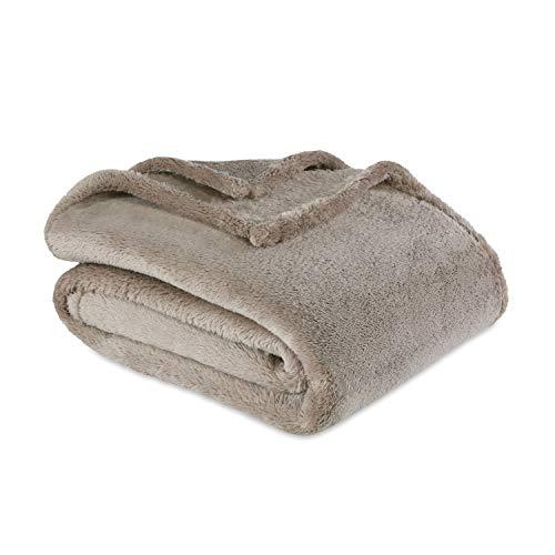 Berkshire Blanket Extra-Fluffy Heavyweight Ultra Soft Cozy Warm Throw Blanket, String, 55″ x 70″