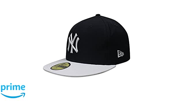 84ed07115140b Amazon.com   New York Yankees New Era 2018 On-Field Prolight Batting  Practice 59FIFTY Fitted Hat - Navy White (7 3 4)   Sports   Outdoors
