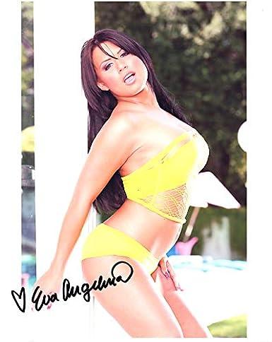 Eva Angelina - Eva Angelina cumizik keményen, majd durván megkefélik.