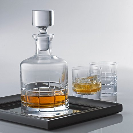 Whiskey ''SoHo'' Decanter, Premium Quality Lead Free Glass by GIFTS PLAZA