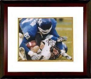 Dewayne Robertson Autographed Photograph - Kentucky Wildcats 8x10 Custom Framed - Autographed College Photos -